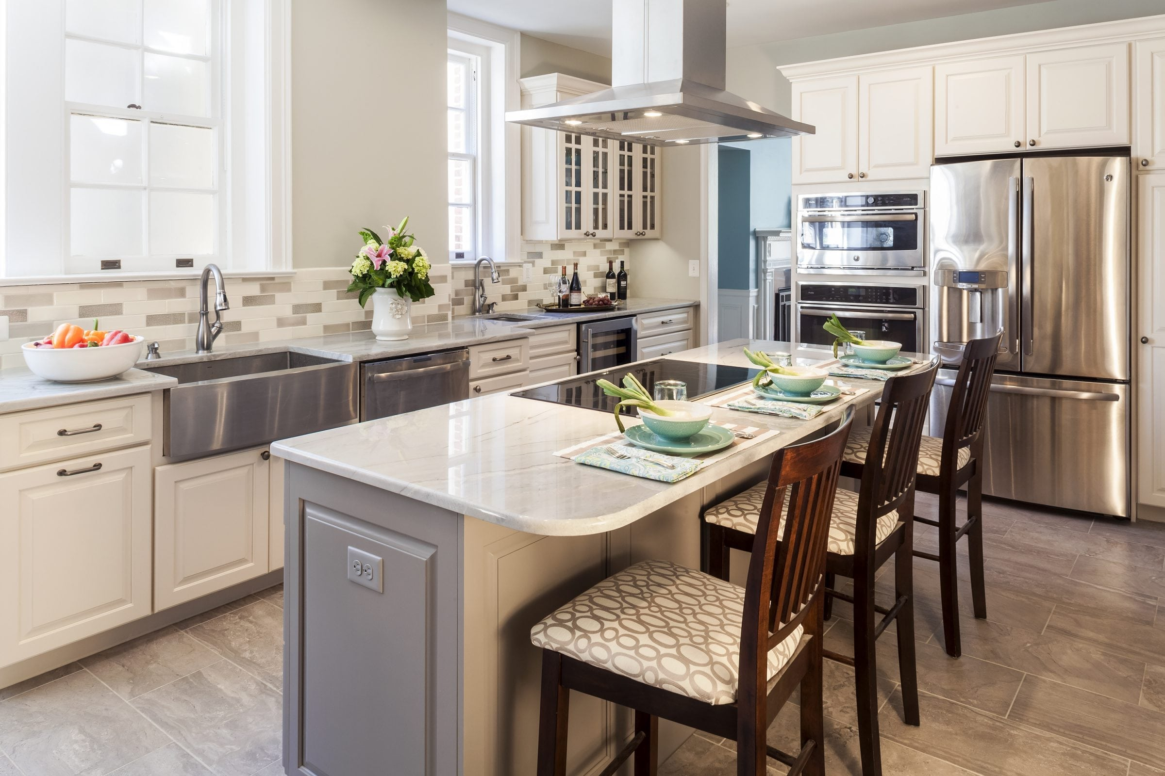 Bright kitchen with large island bar.