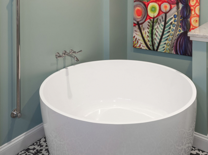 round asian soaking tub for master bath